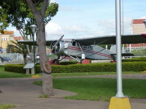 artart samolot Jimmiego Angela